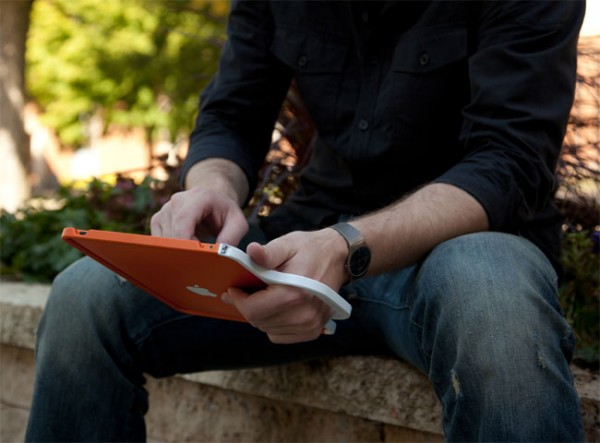 ColorWare-Grip-For-iPad_1